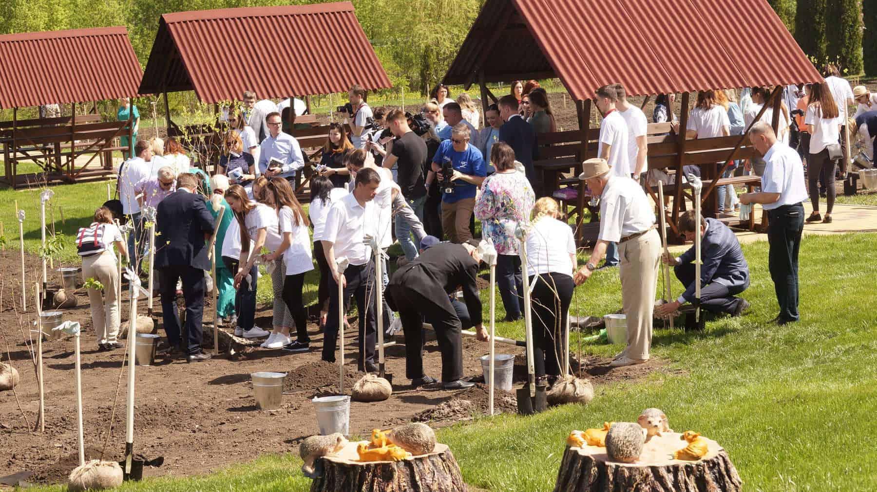 Евгений Савченко: Мы воплощаем сиреневую мечту